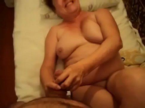 MATURE MOM SON HOME VOYEUR FUCK REAL MILF GRANNY HIDDEN AMATEUR WIFE OLD ASS SPY