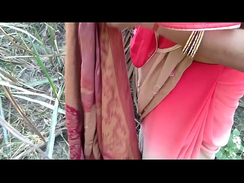 Bhabhi with her lover trying to fulfill their sexual desires so went outdoor sexual fun where  traditional sex changed in western style outdoor anal in traditional Saree couple gone wild