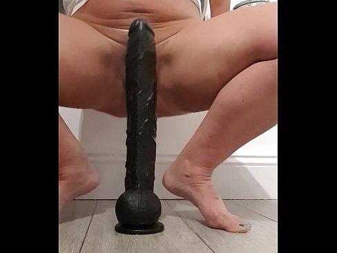 Fun Squirting With My Big Black Dildo Xvideos Com