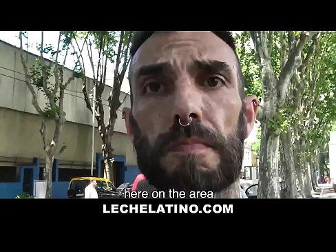 Ripped Latin Stud Offered Money To Suck Cock - LECHELATINO.COM