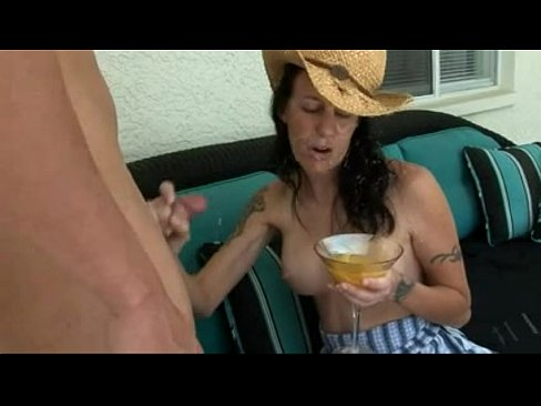 Смотреть порно сдрачивают сперму