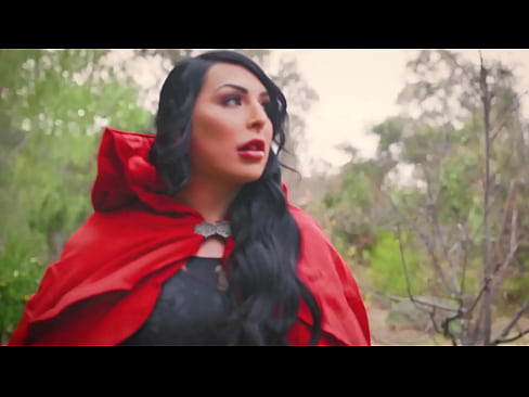 Little Red Riding Hood and Kleio Valentien feat. Chanel Santini - Transfixed