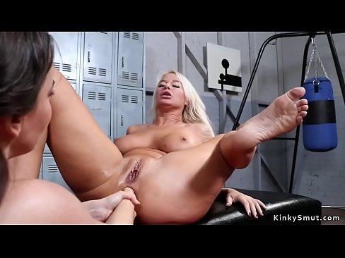 Mature Lesbian Anal