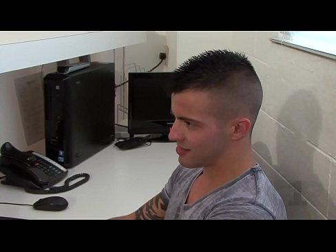 Gay Porn - [Channel 1 Releasing] Daddy Issues (Scene 1) - Casey Everett & Rocco Steele