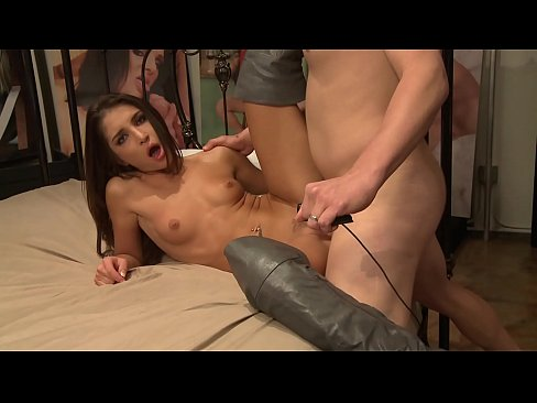 Sexy brunette Giselle Leon wants big cock in her pink wet cunt