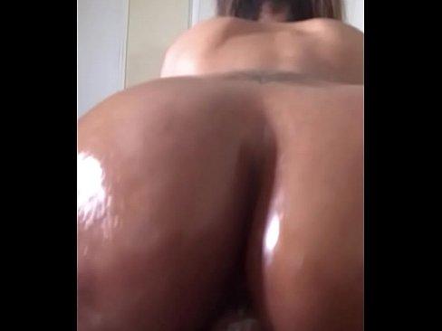mom porn boobs