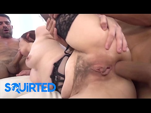 Naught Redhead Babe (Violet Monroe) DPed By 2 Big Cock In A FMM Threesome - Squirted