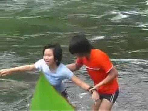 หนังxxxxไทย ชวนเพื่อนสาวหียังซิง มาโดนแฟนเพื่อนเปิดซิงหีก่อนชวนกันสวิงกิ้งผลัดกันโดนควยเสียบหีกระเด้าจนแตกใน - หนังโป๊ฟรี.COM