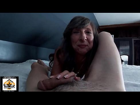 Tiny Mom Loves Sucking Big Cock