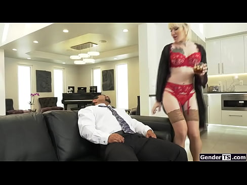 Tgirl Lena Moon bareback anal rides guy