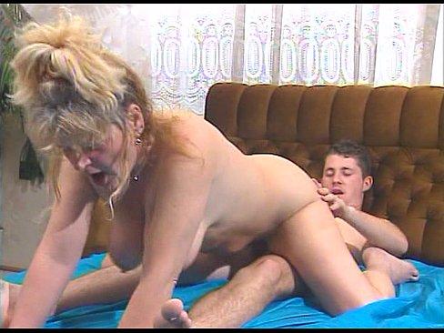JuliaReavesProductions - Geile Fickweiber - scene 1 - video 1 beautiful cumshot pussyfucking masturb