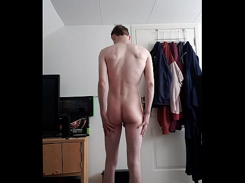 Skinny guy undresses Naked and poses in front of cam!'s Thumb