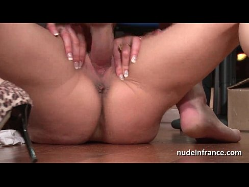 amateur mature blonde getting fucked