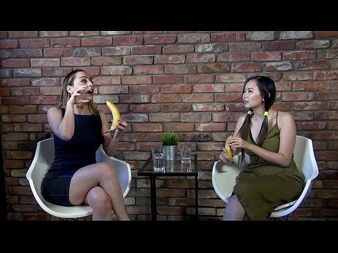 Paola Saulino gives the bests blowjobs