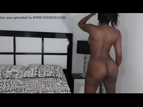 Black Cam Girl Dancing And Teasing Watch Live At Www Camsplaza