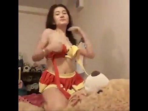 ➤Cute Thai girl on cam