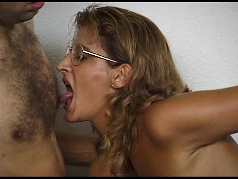 Fat woman pooping porn