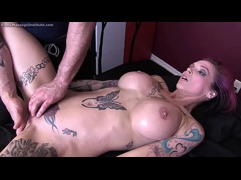 shaved pussy lingerie amateur