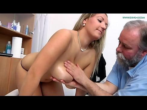 Crystal (22) visits her gynecologist