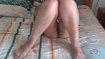 Our sister-in-law enjoying her vacation on the beach, she shows off very excited in front of the hotel guard and masturbates, she asks him to jerk off while she watches her, she cums on her hairy pussy