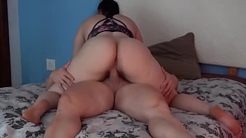 Fat And Juicy White Ass Girl Amazing Fuck And Assjob Cumshot!