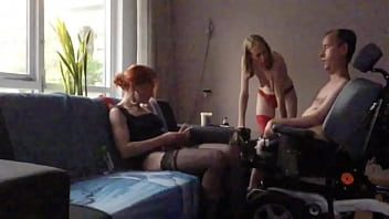 Streaming Video Handicapped guy in wheelchair has a threesome - XLXX.video