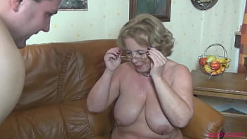 Filthy chubby milf bitch fucking with dude with big cock