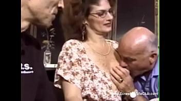 Streaming Video Redhead With Glasses Swinger Sex Is Rough Making Love - XLXX.video