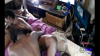 Thot in Texas – Pussy Lickers Male and Female Amature Licking On Pussy