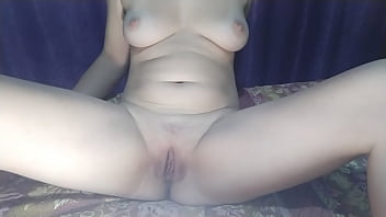Girl masturbates pink pussy with adult toy online on camera and cums loudly 5分钟