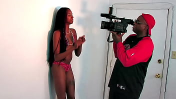 Behind the scenes with Stephanie Reigns 12 min