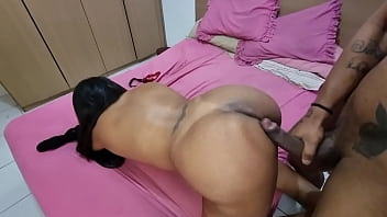 young boy eating mature woman 8分钟