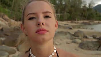 Anal Sex and Cum Eating on a Public Beach with Hot Blonde  - RISKY OUTDOOR SEX Cumin4D
