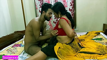 Indian hot milf Aunty getting horny for fucking with me but i am teen boy!! clear hindi audio 13分钟