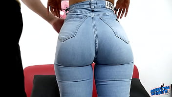 HOLY SH*T! She can have THAT ASS in Tight Jeans! Uffff