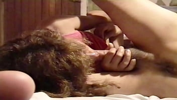 Hidden cam - My Latin wife loves to suck the cock until she makes them cum in her mouth, she loves to suck a big, thick and very hard cock, look how she enjoys the cock and at the end she gets on to fuck delicious