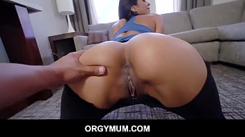 Round ass latina stepmom needed a hands on workout - Abby lee Brazil
