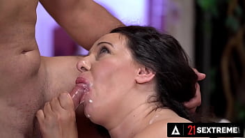 21 SEXTREME - Rock Hard Stud Fills Up THICK BBW's Mouth With His Creamy Load 13 min