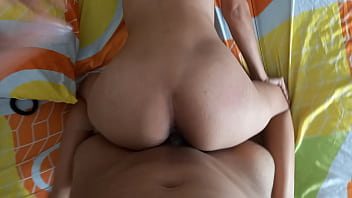 Colombian fucked her in four