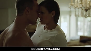 Angry Stepmom Got Calm after Son Cums in Her Pussy Penny Barber, Van Wylde