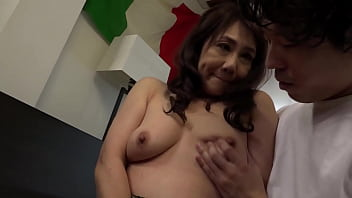 What Are You Going to Do Once you Get This Old Lady in the Mood? I Went to the Park to Talk to an Old Lady Who Looked Bored, but It Turned Out to Be an Old Lady Who Really Likes Rippling Men! 3 https://bit.ly/3gSIwEf