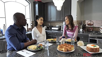 Clip sex Asian Teen Shares Her Black Boyfriend With Mom- Avery Black, Christy Love