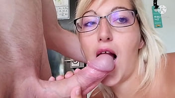 stepsister craving cock after her divorce. she throws on her stepbrother's cock when mom is in the shower seriously