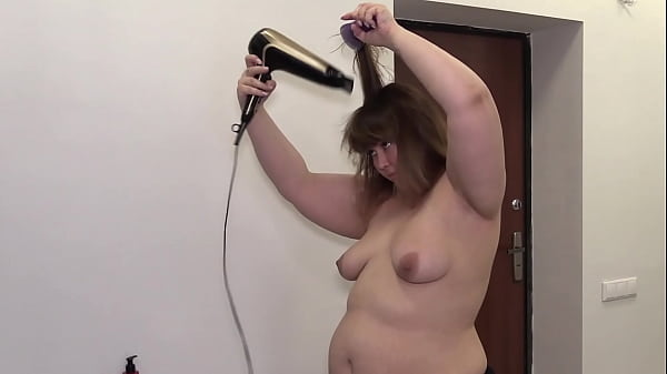 Observing mature bbw in daily life. Fat milf with a juicy PAWG, hairy pussy, big belly and natural tits. Homemade fetish