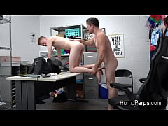 Thief Braden blows officers dick after getting ...